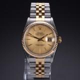Rolex 'Datejust'. Herrearmbåndsur i 18 kt. guld og stål, ca. 2002