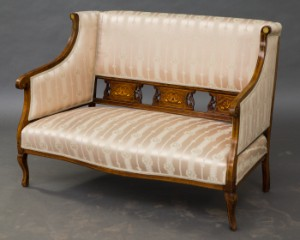 lot 4226569 sofa und sessel biedermeier 3. Black Bedroom Furniture Sets. Home Design Ideas