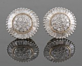 Earrings in 14kt set with diamonds approx. 1.03 ct (2)