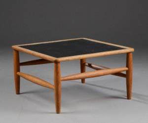 Auktionstipset - Kvadratisk sofabord eg, linoleum
