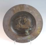 Bronzeteller mit dem Relief von Europa auf dem Stier