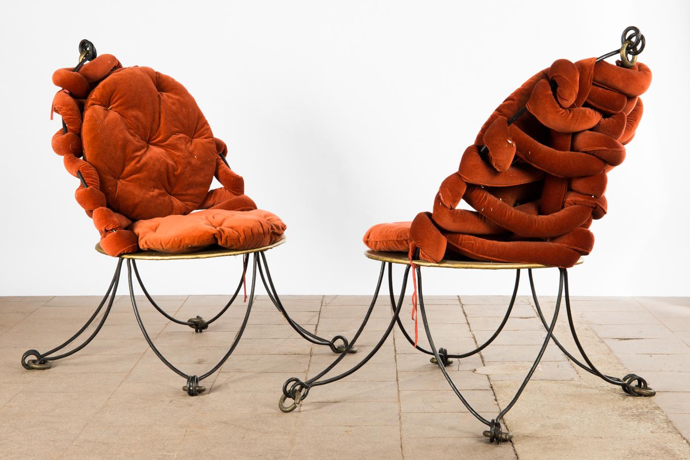 Auktionstipset - Paar Stühle / Sessel, im Stile von Jean Royère ...