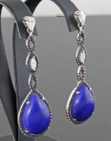 Diamond, sapphire and lapis lazulli earrings in 18kt approx. 1.00ct (2)