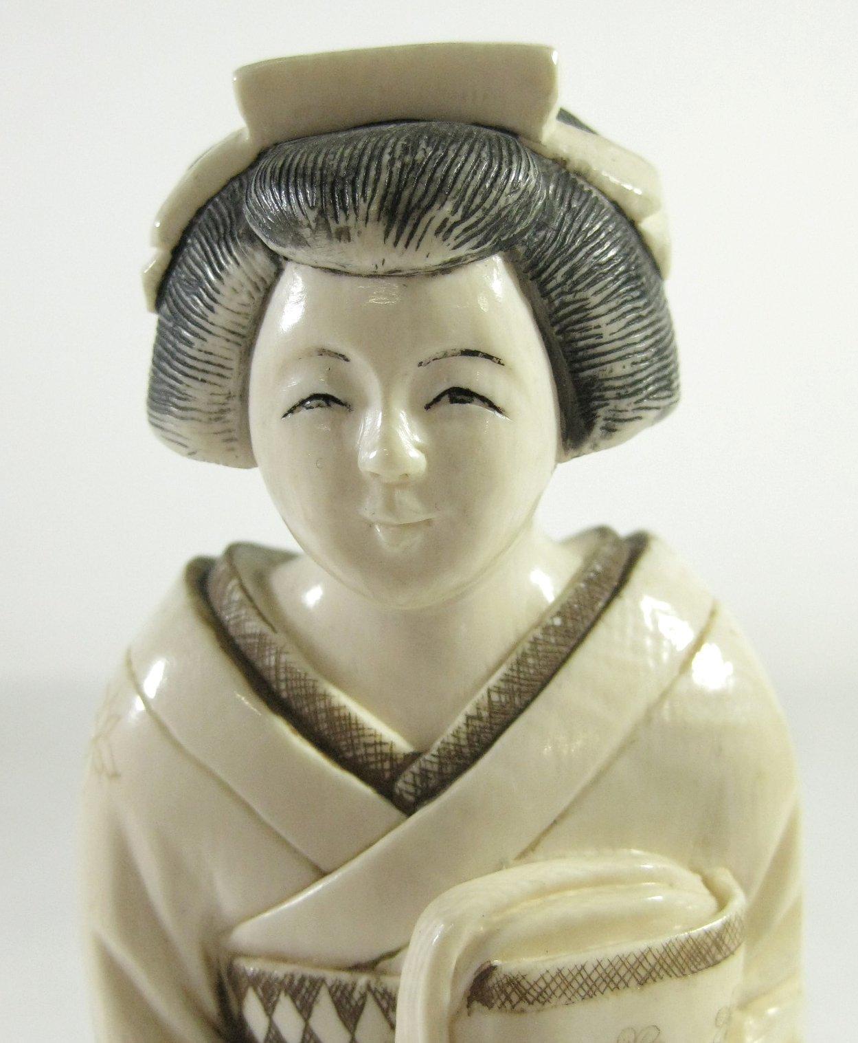 geschnitzte elfenbein geisha
