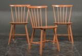Farstrup møbler: 3 tremmestole, bemalede (3)