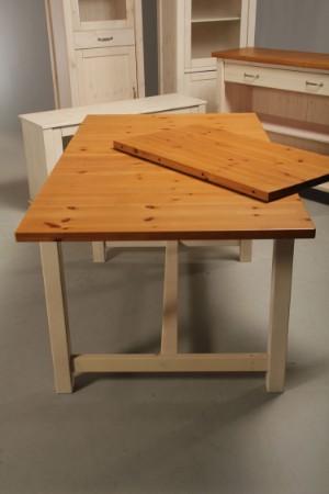 Vare: 4188406 Dansk møbelproducent. Komplet køkken inventar, bord ...