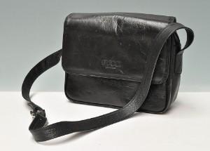 b18521ed7fc Vintage Gucci taske i sort læder Click here to see a larger picture