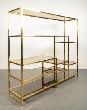 regal aus messing und glas 39 romeo rega 39 1970er jahre. Black Bedroom Furniture Sets. Home Design Ideas