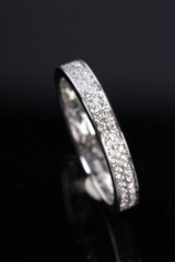 Eternity ring, 14 kt. rhodium-plated gold,  0.50 ct.
