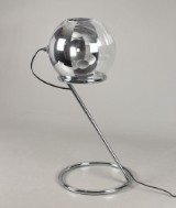 Bordlampe, udført i forkromet metal
