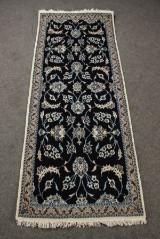 Persisk Nain med silke, 206 x 81 cm.