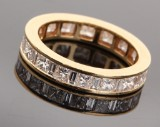 Ring, 18 kt. gold, with princess-cut diamonds - approx. 1.71 ct.