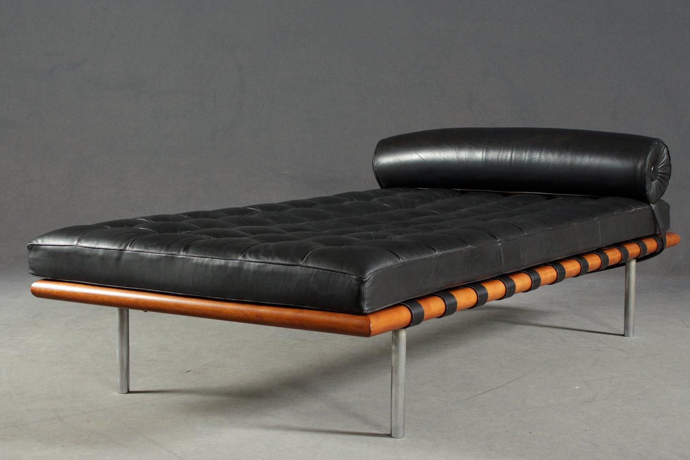 Auktionstipset Daybed Barcelona Liege Ludwig Mies Van Der Rohe