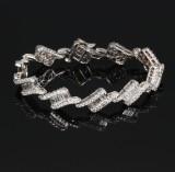 Diamond bracelet, 18 kt. white gold, total approx. 4.60 ct