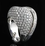 18kt diamond ring approx. 4.00ct & 21.27gr
