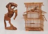 Fågelbur samt figurin föreställande en häst (2)