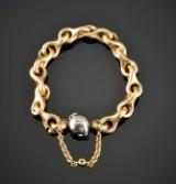 Ole Lynggaard. Gold bracelet (Mega) with globe-shaped clasp