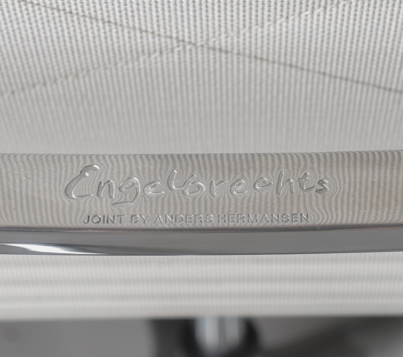 Anders Hermansen. Kontorstole model Joint 1206 og 1211 (3
