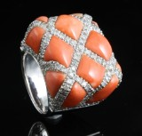 18kt handmade coral and diamond ring approx. ct