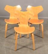 Arne Jacobsen stolar 3 st `Grand Prix` Fritz Hansen(3)