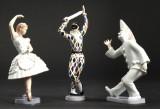 Bing og Grøndahl. Tre figurer af porcelæn, Harlekin, Columbine samt Pjerrot (3)
