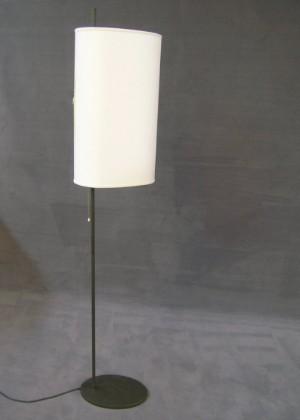 Arne Jacobsen Stehlampe Für Das Sas Hotel Lauritzcom