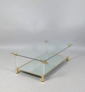 Beistelltisch coffee table in plexi glas und gold for Beistelltisch glas gold
