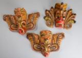 Tre masker af udskåret træ, Ceylon, 1970érne (3)