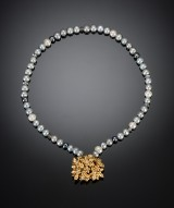 Pearl necklace wtih floral clasp, Ole Lynggaard