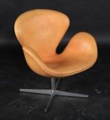Arne Jacobsen. 'The Swan', Model 3320, in cognac-coloured leather