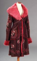 Alice Temperly, frakke af lammeskind med håndsyede detaljer