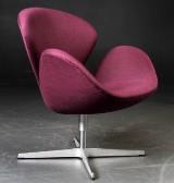 Arne Jacobsen. The Swan easy chair, purple wool, model 3320