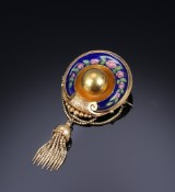 Brooch, 14 kt. gold with enamel and compartment. c. 1870