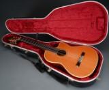 Kazuo Yairi. Håndbygget klassisk halvakustisk guitar, model CE-62, 1997