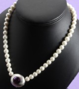Ole Lynggaard. White gold clasp with amethyst and necklace (2)