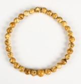 Halskæde, kugleformede perler, mælkerav, ca. 71 gram