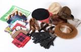 Yves Saint Laurant m.fl., vintage tørklæder, hatte, handsker m.m.
