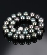 Tahitian culture pearl necklace with diamond ball clasp. Pearls Ø 13.96 - 18.23 mm