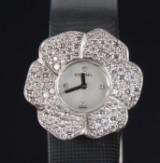 Chanel Camélia. Ladies watch, 18 kt white gold, with diamonds