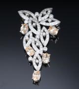 Brillant- og helidor beryl ornamentvedhæng af 18 kt. hvidguld
