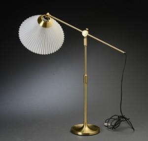 aage petersen for le klint bordlampe teleskoplampe model 338 2. Black Bedroom Furniture Sets. Home Design Ideas