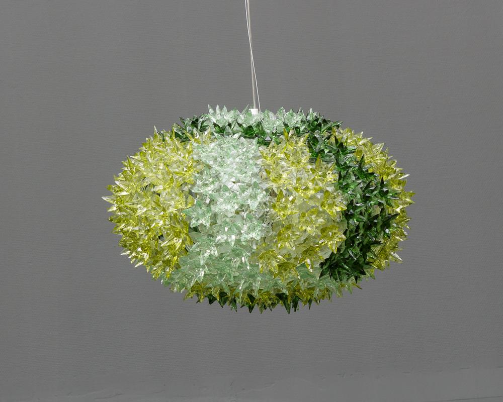 Ferrucciuo Laviani for Kartell, Bloom Krystal pendel - Ferrucciuo Laviani for Kartell, Bloom Krystal pendel, krystaller af polycarbonat. Ø 53 cm, h.39 cm. Der medfølger tre reservedele