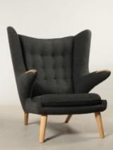 Hans J. Wegner. Lounge chair, model AP19, Papa Bear Chair