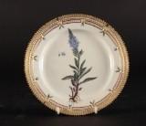 Flora Danica tallerken med mindre alslag