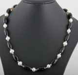 Onyx pearl necklace in sterling silver