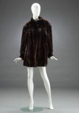 Saga, kort jakke af scanbrown mink, str. 40/42