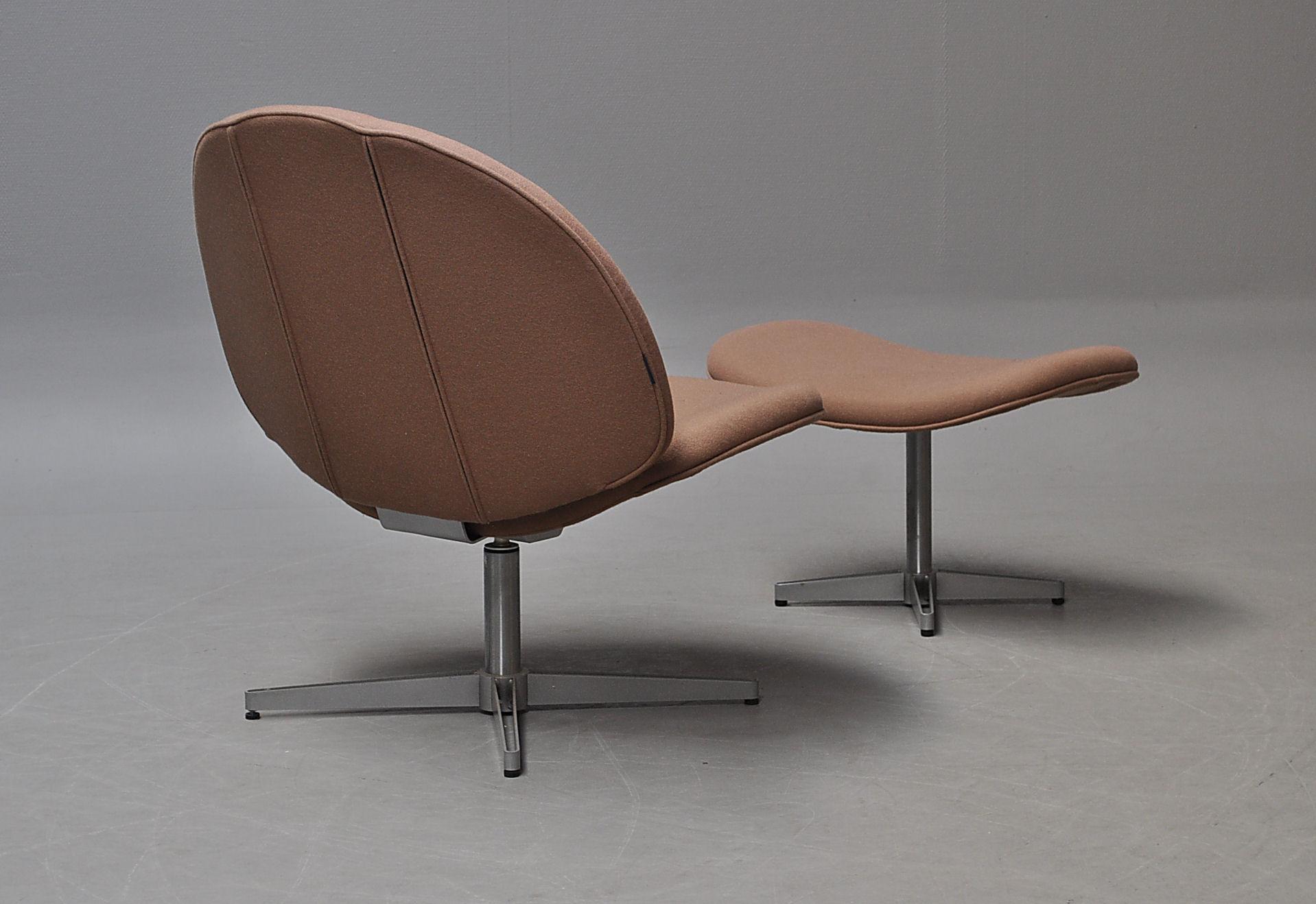 Söderberg. Lounge hvilestol med skammel (2) |