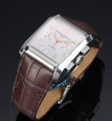 Baume & Mercier 'Hampton XL Chronograph'. Herreur i stål med sølvfarvet skive, 2010'erne