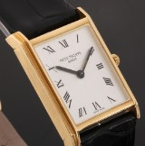 Patek Philippe. Vintage men's watch, 18 kt. gold with silver-coloured dial, c. 1965
