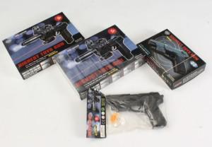 Soft Guns (4) - Dk, Aarhus, Egå Havvej - Soft guns, kal. 6 mm. Alle i original emballage. Kan erhverves af alle personer over 18 år. - Dk, Aarhus, Egå Havvej